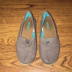 Bongo canvas shoes - like new